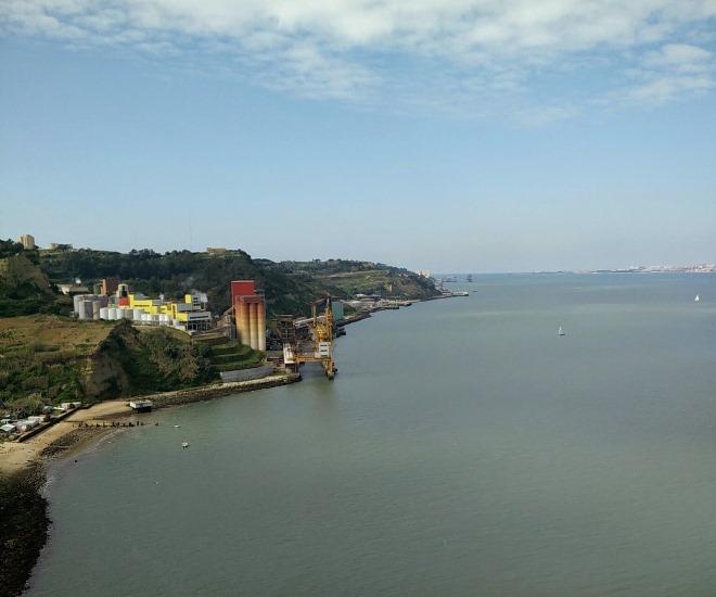 Vista para Porto Brandão - ponte 25 de Abril