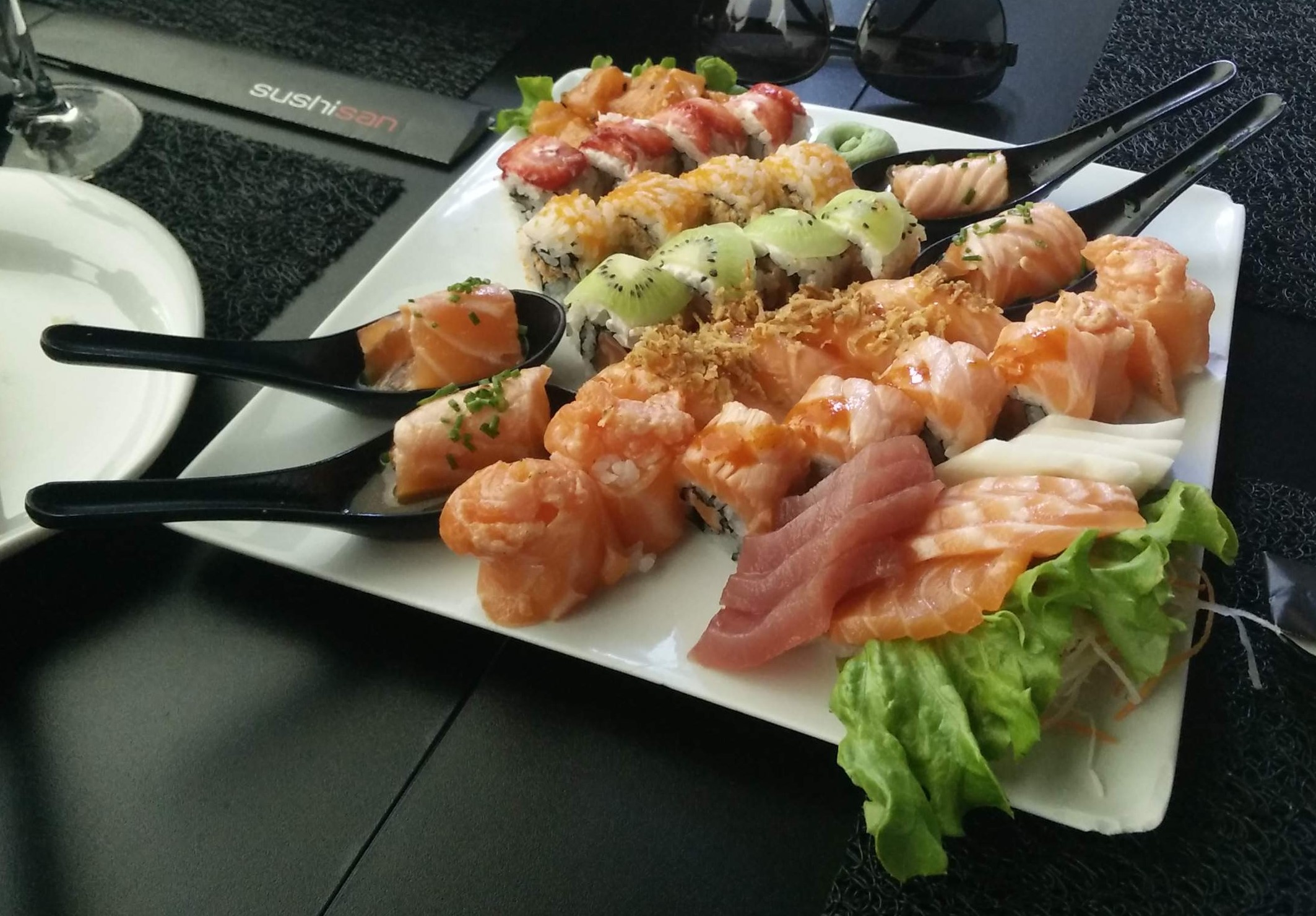 <A minha comida preferida é sushi, já viste melhor prenda de aniversário? ;)